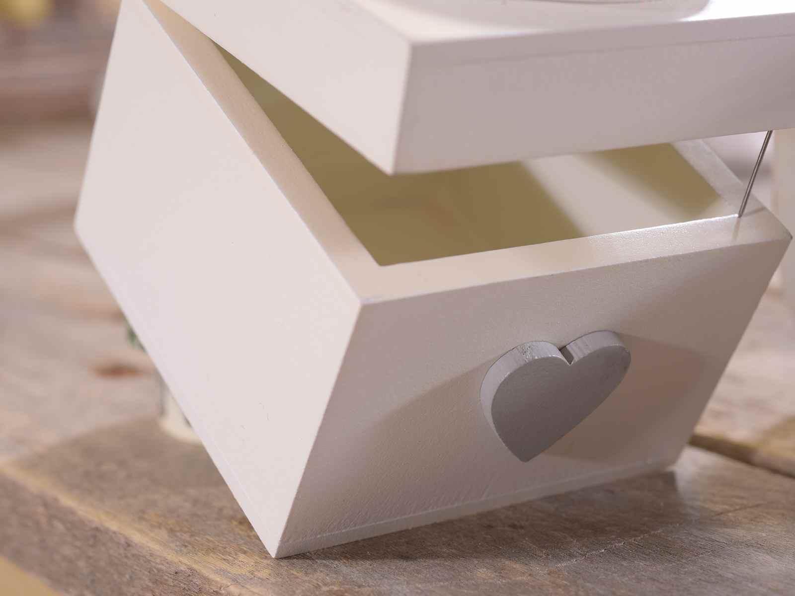caja de madera con tapa decorada con gallina - Cajas De Madera Decoradas