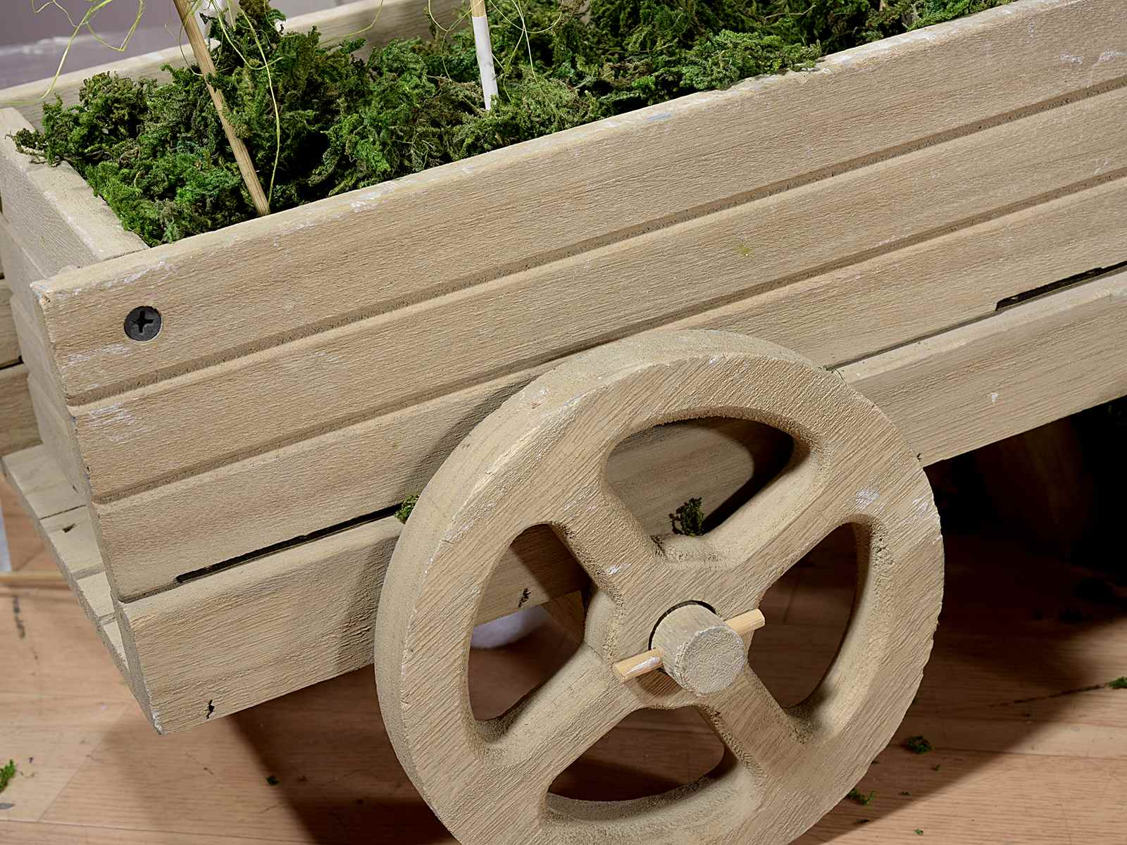 Carriola decorativa in legno art from italy - Brouette bois decorative ...