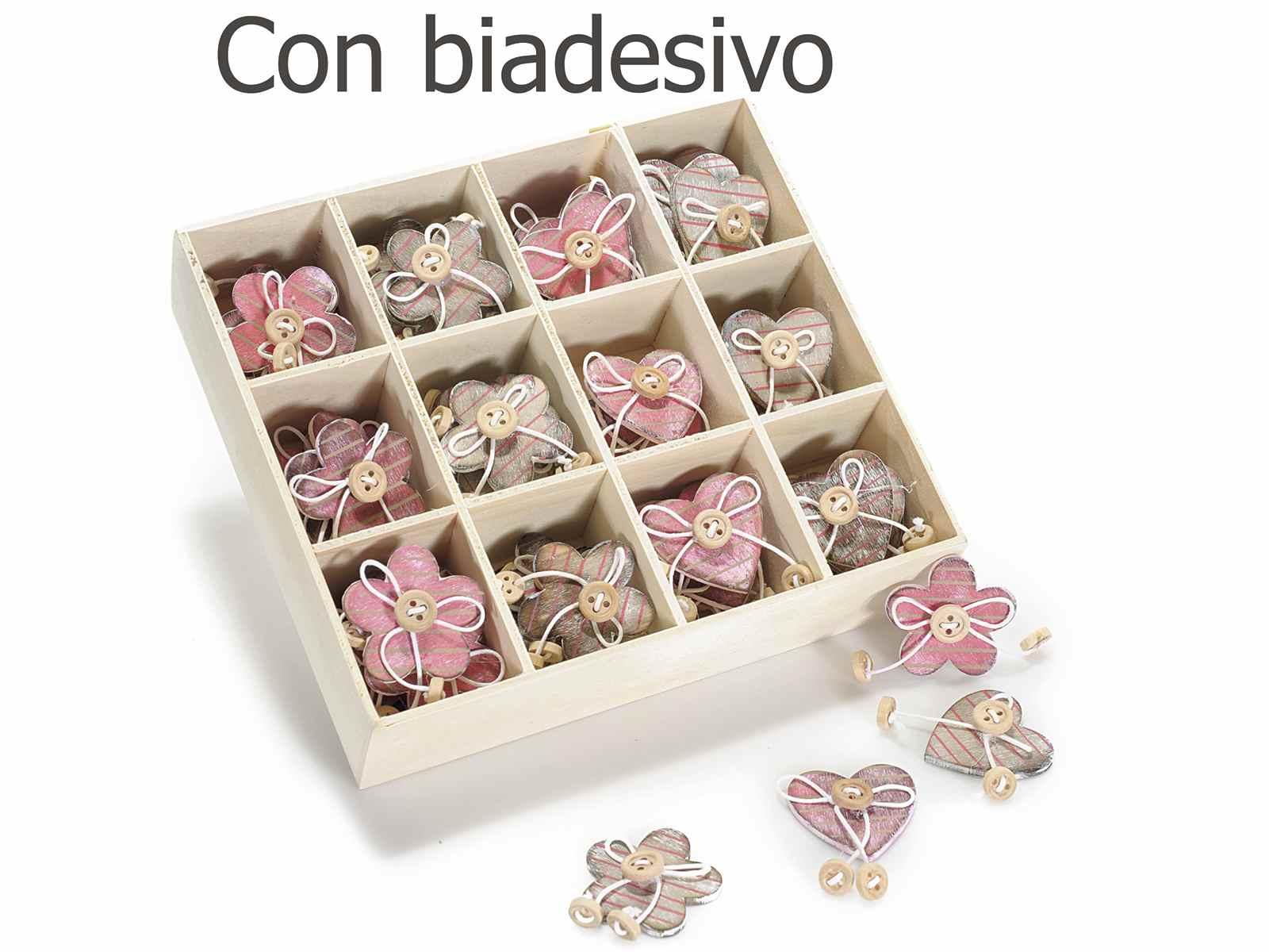 Espositore 60 decorazioni legno con bottoncini e biadesivo - Decorazioni in legno ...