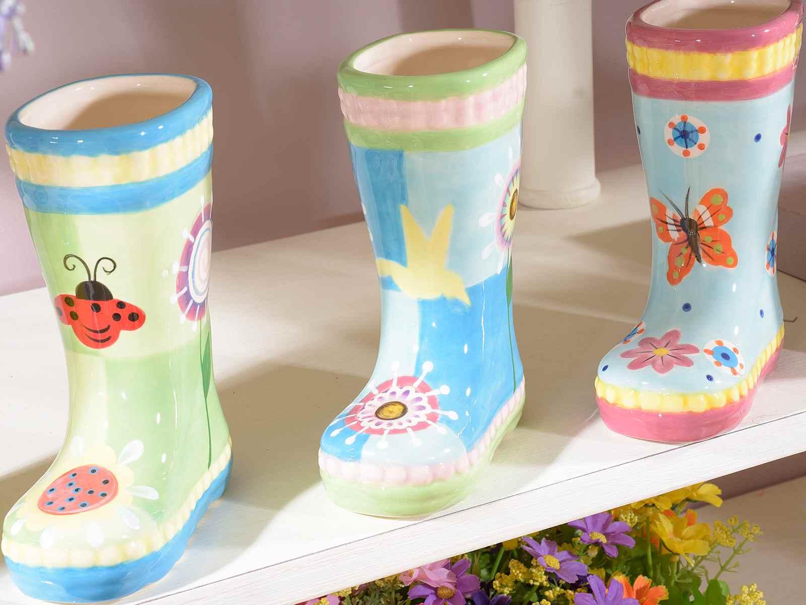 Vaso In Ceramica Colorata A Forma Di Stivaletto 71 34 57