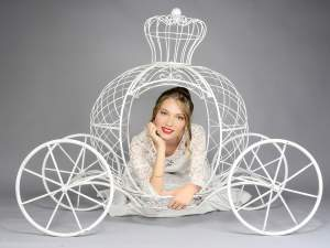 Wholesale fairytale carriage metal white