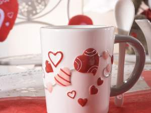 Wholesaler mugs decoration heart emboss