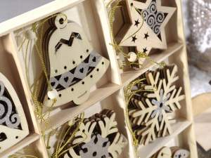 Wholesaler of Christmas wooden decorations