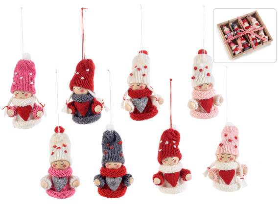 8 knitted hanging dolls w/heart in box