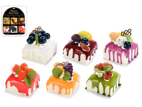Artificial fruit cake with magnet and display