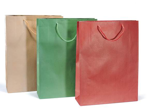 Maxi paper gift bags
