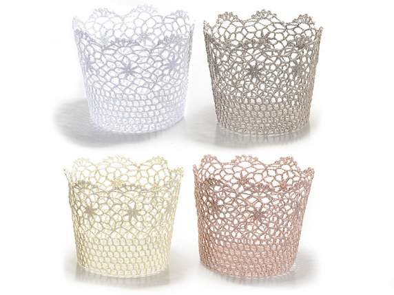 Cylindrical baskets in coloured lace