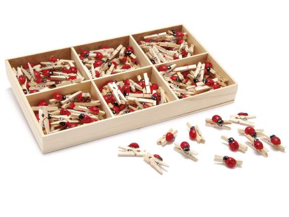 Box of 144 wooden clips w/ladybird