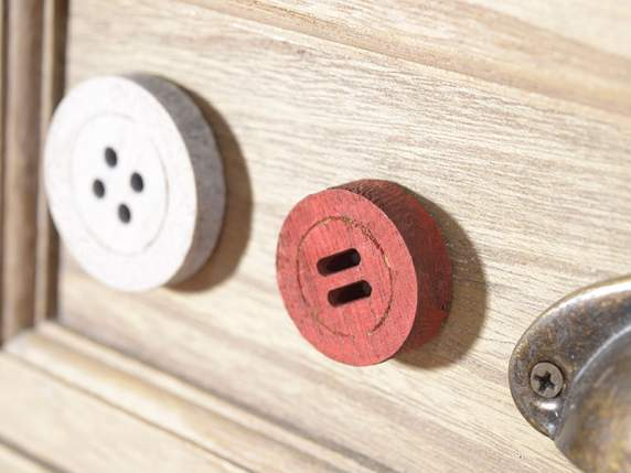 Conf 35 buttons in colored wood