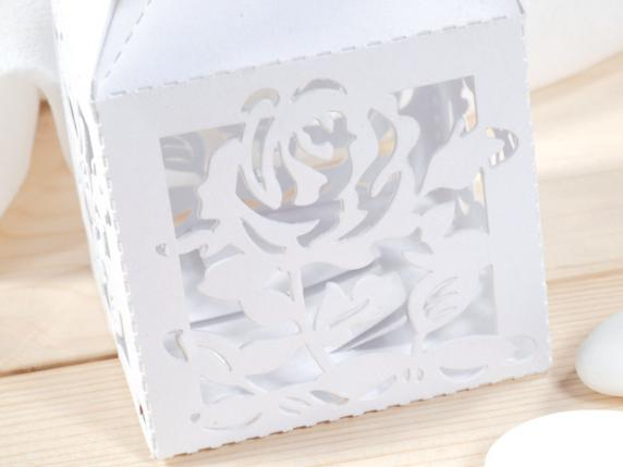 Cardboard carving rose white box for sugared almond.