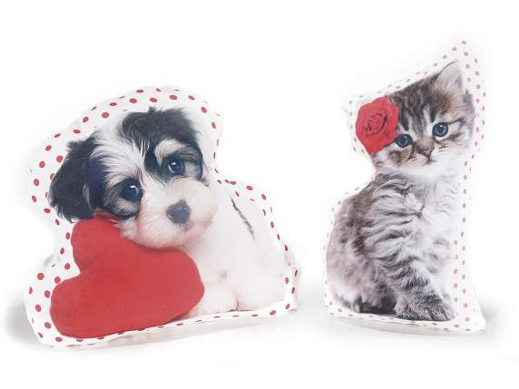Pet in love shaped cushion