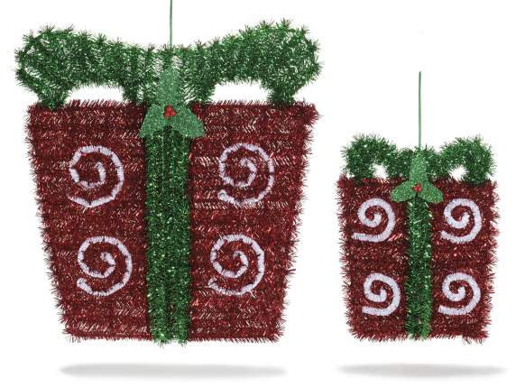 Set 2 hanging gift boxes w-holly