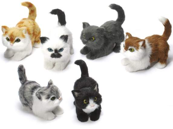 Decorative stuffed cats