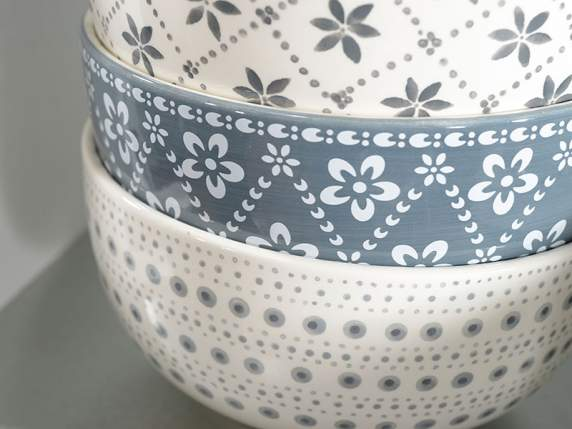 Bowl in decorated pottery