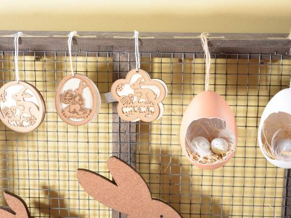 Box of 18 hanging Easter decorations in wood and paper