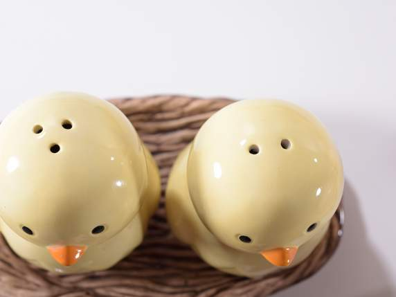 Salt and pepper set w-Easter hen and chick