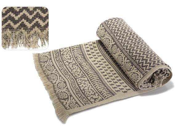 Ethnic cotton blankets with fringes