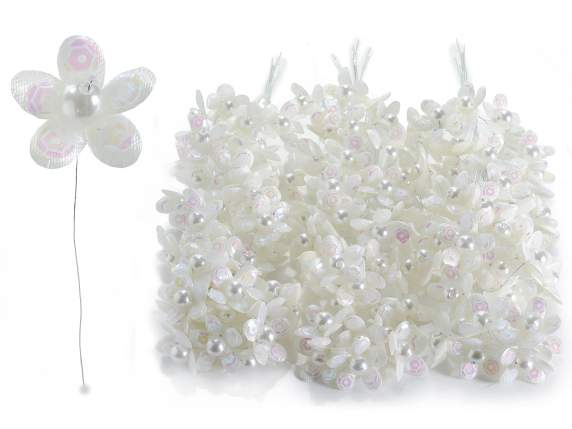 White flower for bonbonniere w-pearl and pailettes