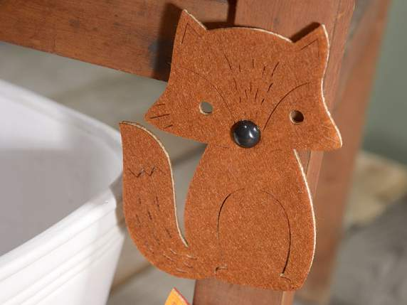 Confection of 6 cloth foxes with adhesive