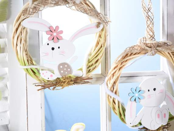 Hanging garland in wood w-bunny