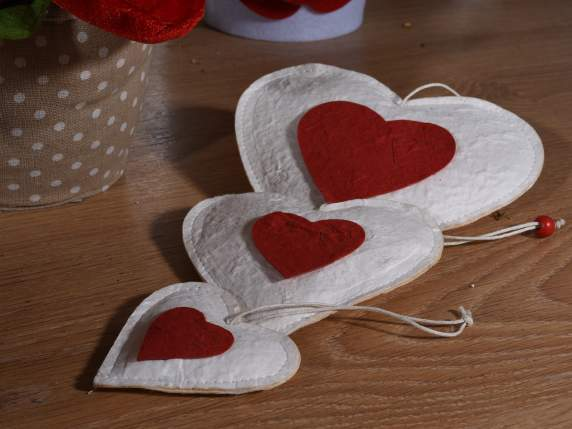 Set 3 hanging stuffed hearts in paper