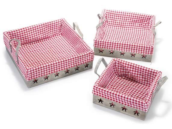 Baskets<br> Holzschnitzereien<br> mit einem Tuch ...