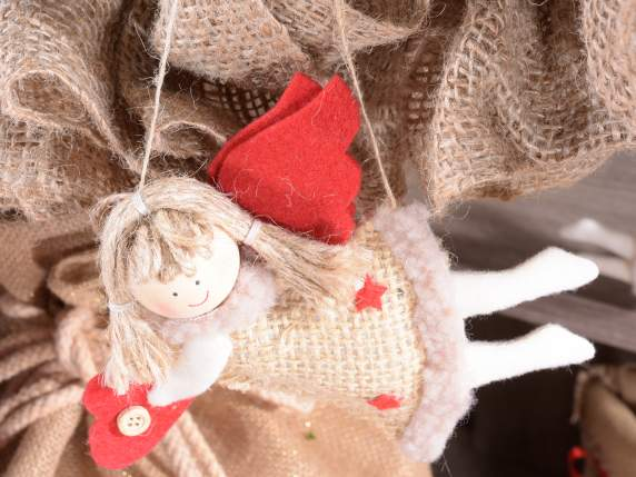 Angels in jute with decorations to hang