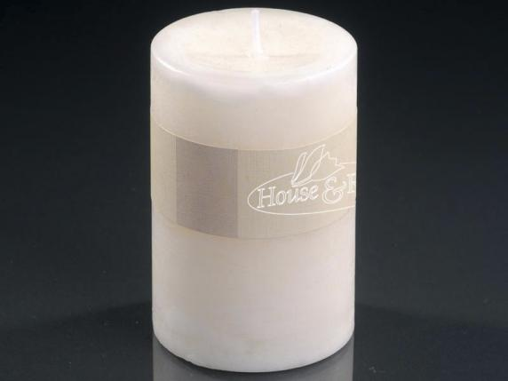 Medium ivory candle 6,5x9,5cm  - burning time 47 hours.