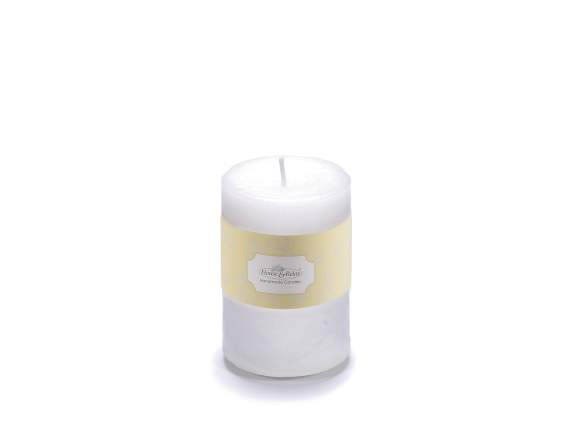 Medium white candle 6,5x9,5cm  - burning time 47 hours.