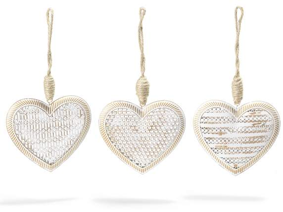 Hearts in white and gold metal