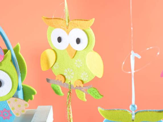Felt hanging owls with little ribbons