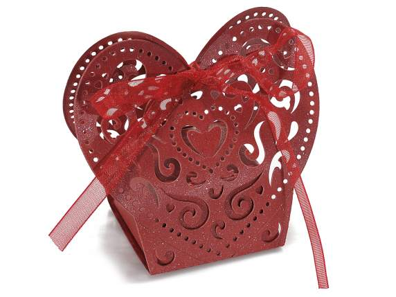 Pearly paper shaped heart red box for sugared almond.