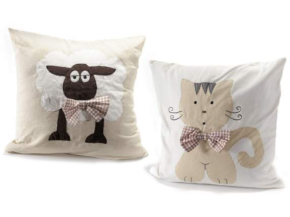 Cloth pillowcase with cat and sheep
