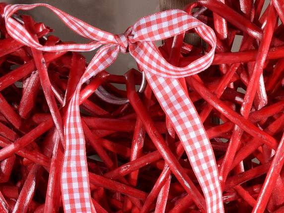 Hanging red wicker hearts with square pattern ribbon