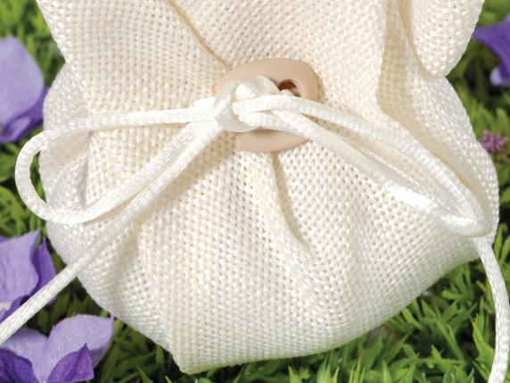 Cloth sugared almonds sachet with string cream color