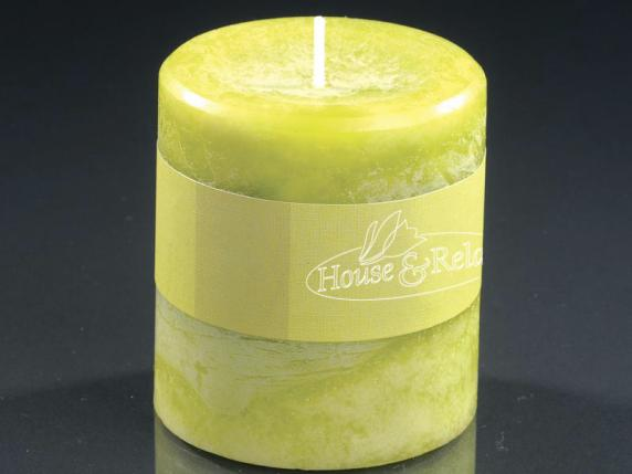 Small green candle 6,7x7,3 cm  - burning time 33 hours.