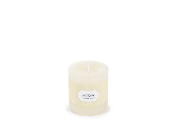 Small ivory candle 6,7x7,3 cm  - burning time 33 hours.