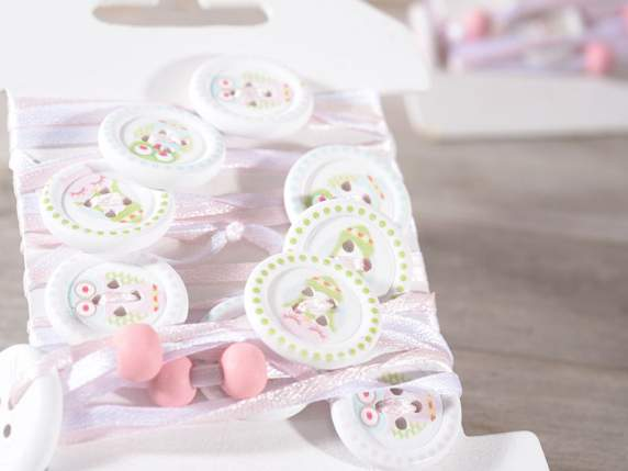 Decorative string with buttons decorations