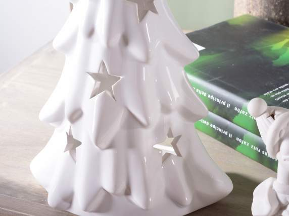 Xmas tree shaped candle holder in ceramic
