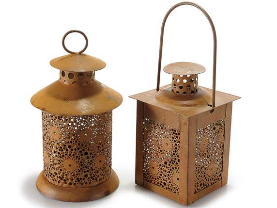 Metal tealight lantern