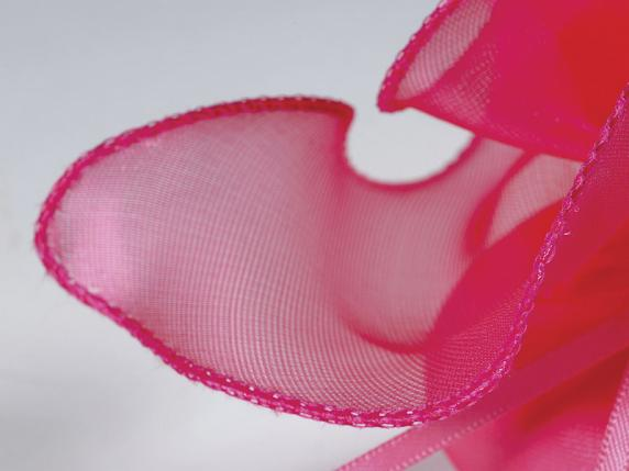 Fuchsia sugared almond sachet in tulle silk effect