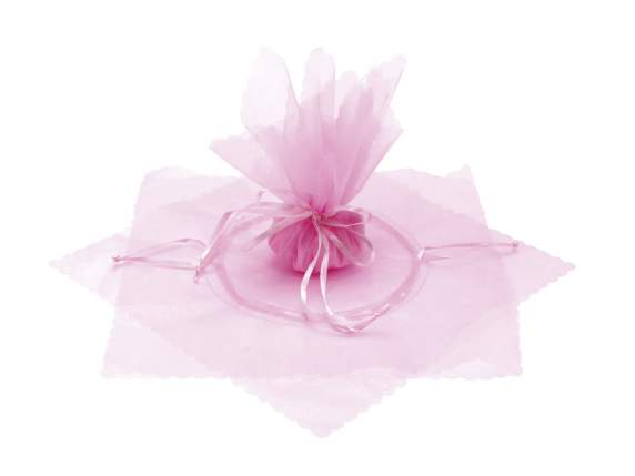 Sugared almond sachet in tulle with string rose color