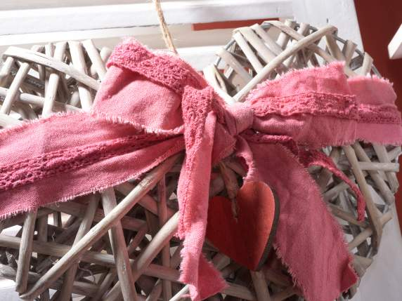 Set of 2 hanging wicker heart with lace and deco