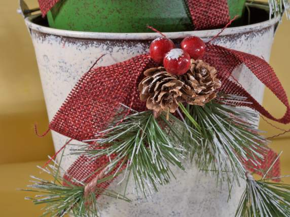 Metal Christmas plant pots with handle and decorations