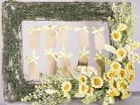 Photo frame with flower